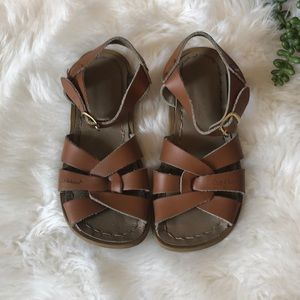 GUG size 11 Brown Saltwater Leather Sandals!